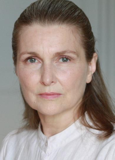 julie ravix  cv actrice chez agents associ u00e9s marie chen